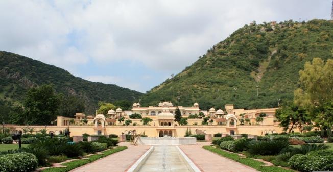 Sisodia Rani Garden and Palace Jaipur