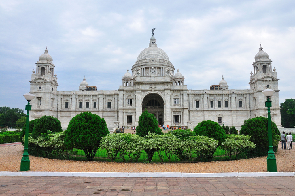 good dating places in kolkata Places near sealdah railway station kolkata list of tourist places near sealdah railway station kolkata, best & popular places to visit near sealdah railway.