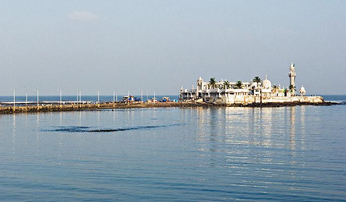 view of Haji Ali Dargah in Arabian sea