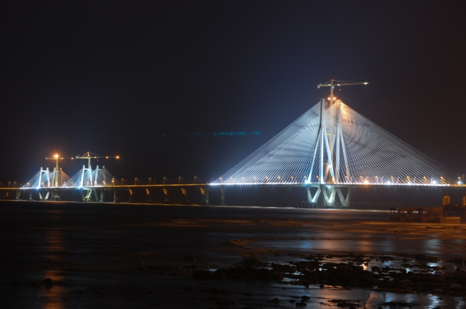 Night view of Bandraworli Sea Link