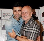 Ranbir Kapoor posing with Anupam Kher at Anupam Kher's Acting Studio